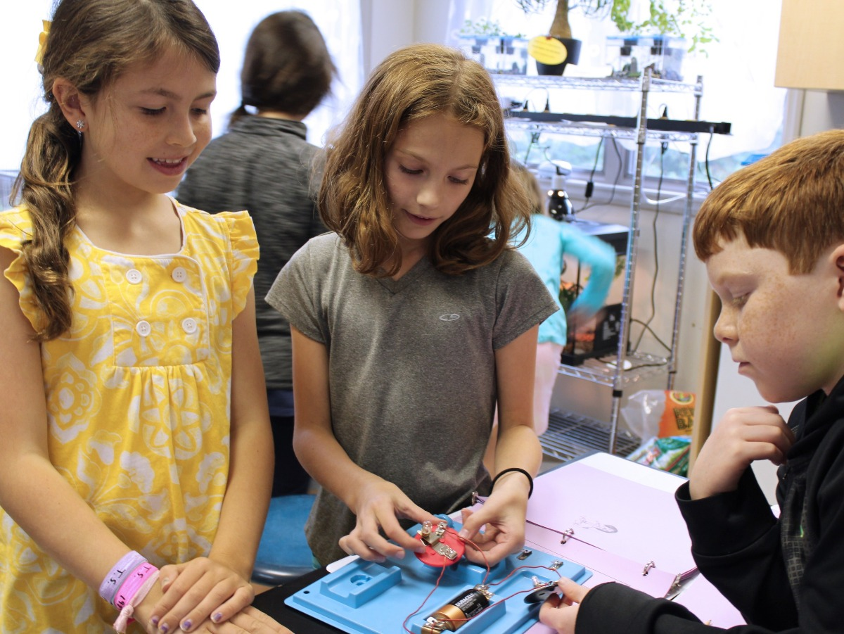 older elementary students STEM battery project